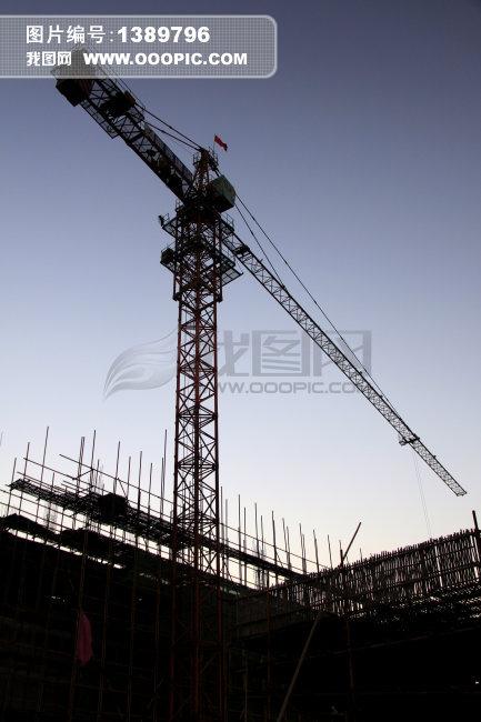 重庆桥瑞5610塔机的图片