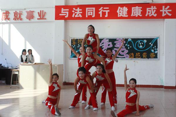 学什么专业工资高?重庆幼师学校好出路-重庆专