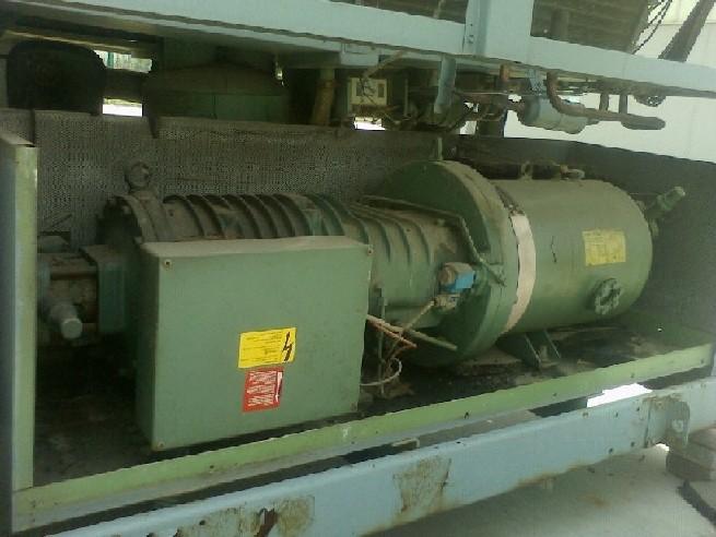 清华同方,格力,美的,格瑞德等品牌中央空调冷水机维修保养清洗(离心机