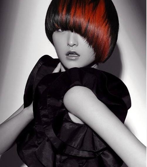 美发学修剪婚纱造型供应-头型之美印象女士美2019年中年人流行发型女图片