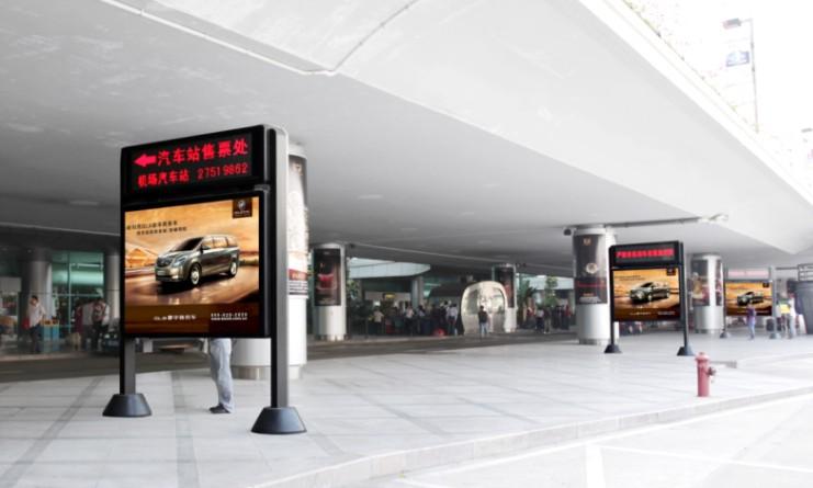 供应西安咸阳机场高速户外单立柱大牌广告