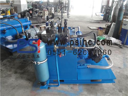 液压油通过集成块(或阀组合)实行方向,压力及流量调节后,经外接管路至图片