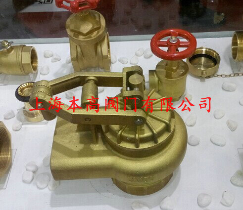 臂和浮球自动控制水塔或
