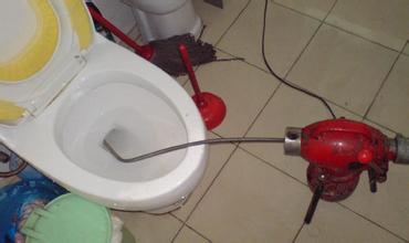 西直门维修水管换阀门63658099疏通厕所维修马桶水箱