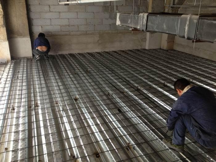 搭建|彩钢钢构|室内二层钢架制作钢结构阁楼施工的工艺材料及方式有