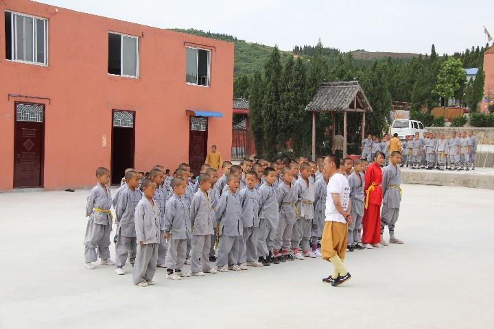 嵩山少林寺武僧院是一家专业的武术培训学校图片