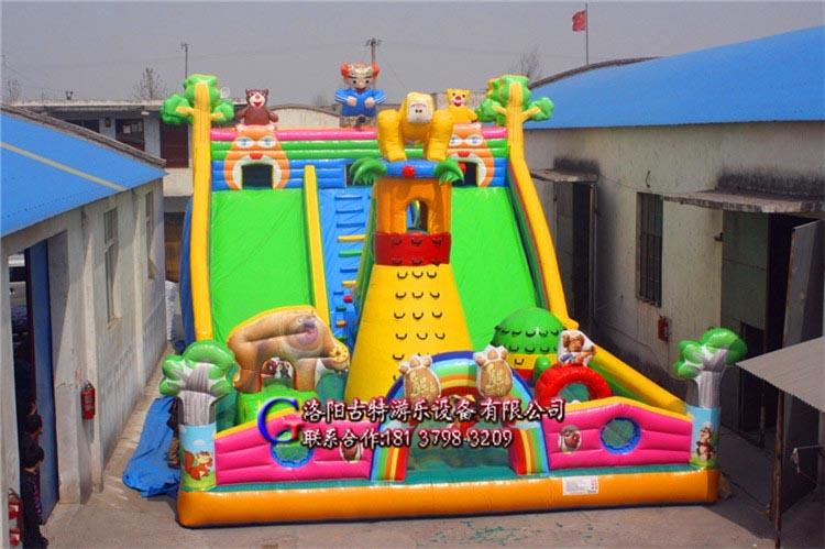 大型充气玩具:迪尼斯城堡