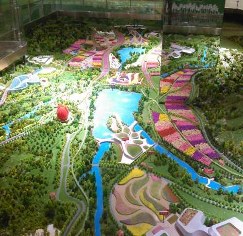 各景观节点植物造景,休闲草坪,步行景观轴,生态休闲走廊,停车场等根据