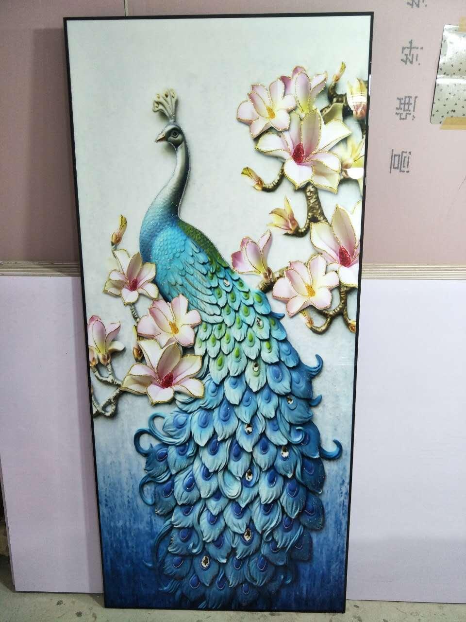 河北恒丰画业有限公司,坐落于河北沧州,是一个以开发,生产,销售现代装饰画、有框画、无框画、三联画、水晶画、牌匾等为主的企业,有着10多年的家饰行业从业经验,熟悉家居装饰的色彩风格流行趋势,我们有着专业的研发生产团队,能根据客户的审美和市场流行趋势快速准确提供个性化的优质作品!我们本着低价但不低廉,简约而不简单的经营理念给广大网络及实体经销商提供最优质的产品和服务,给您的不仅仅是一幅画,还有一个专业的艺术顾问团队,让广大经销商能够在销售时更自信的迎接消费者挑剔的眼光,使您的竞争优势达到最大化!河北恒丰画业有