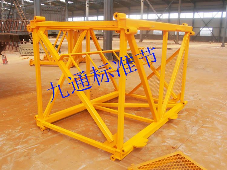 大量供应塔吊标准节,厂家批发塔吊标准节