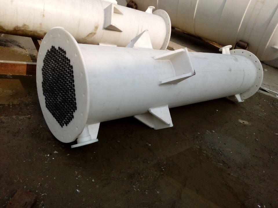 供应石墨改性聚丙烯换热器 冷凝器 石墨列管式换热设备,经久耐用