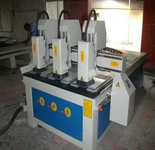 供应木工专用雕刻多功能智能雕花机雕刻机浮雕设备木门加工