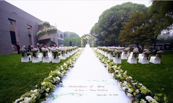 欧式户外婚礼气球装饰
