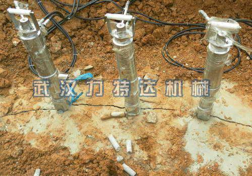 广泛用于各种钢筋混凝土基础(如钢炉,各种重型设备,塔吊,大坝,水电站