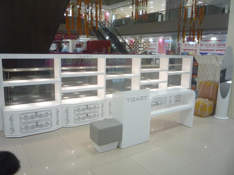供应上海店面装修设计,专卖店设计,专卖店装修,专卖店