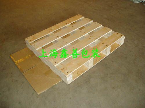 免熏蒸钢带包装箱 单面川字底木托盘
