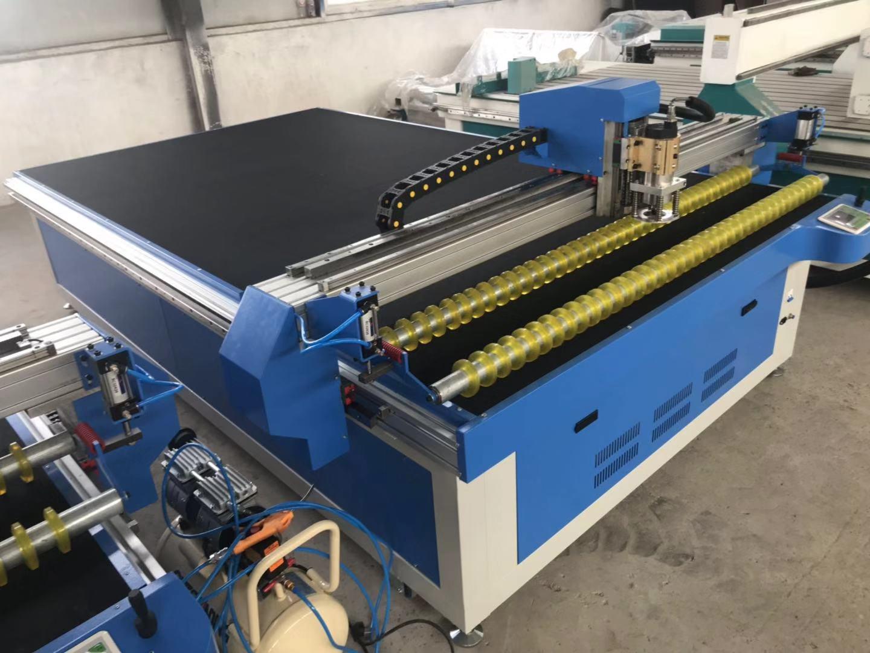 振动刀裁割机 皮革布料切割机 汽车坐垫切割机 超星数控