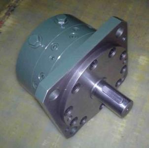 例如:液压马达排量为120ml/rev,单叶片,摆角180°,输出轴为花键形式图片