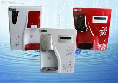 冷热出水任由选择,出水流量大,接水更省时间;电磁阀控制,操作简单,接图片