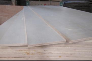商业机会 建筑,建材 木材板材 >> 供应16mm三聚氰胺贴纸基板基材  &nb