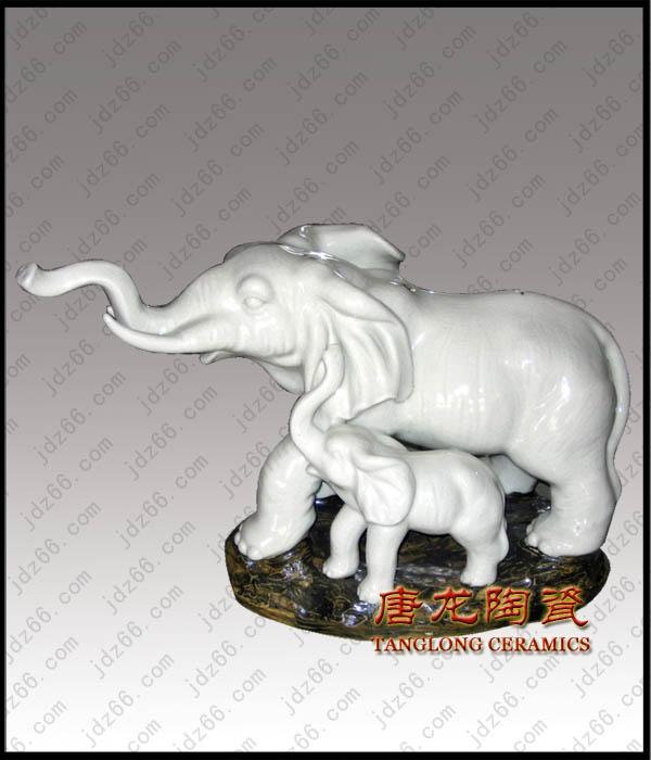 景德镇陶瓷雕塑,陶瓷动物雕塑,陶瓷属相雕塑,陶瓷装饰品,雕...