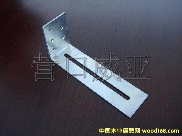 铣,磨,刨等各种设备,专业加工木结构产品的金属连接件,齿板