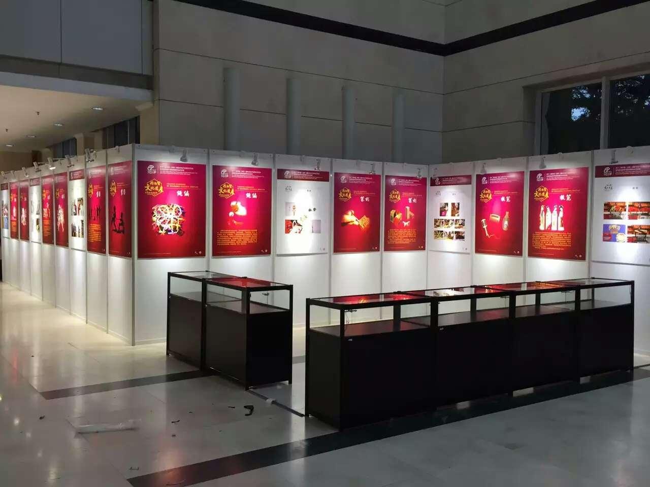 深圳标准展板出租展板展示柜出租