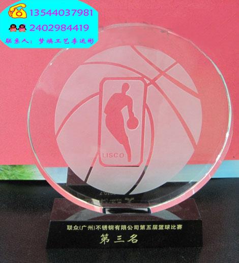 供应济宁哪里有水晶奖杯定做 济南水晶奖杯供应商,青岛篮球比赛奖杯厂家