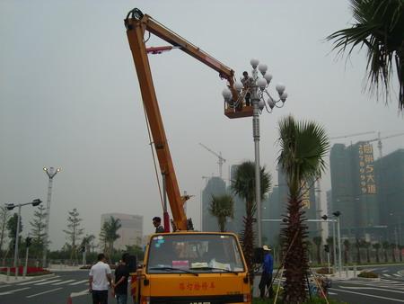 路灯电施工�_作业车适用于工程建设,厂房施工,厂房维护,市政,电力,路灯,通讯,园林