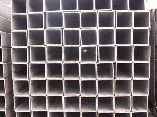钢管的圆管为母材,经冷轧辊推挤滚压成型矩形管方管,厚壁q345b矩形管