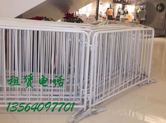 移动铁马护栏栅栏出租 供应活动屏风租售折叠屏风租售展板租售画展 供