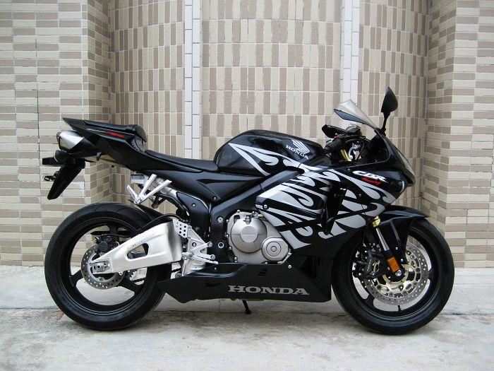 供应本田CBR600RR 石嘴山二手本田摩托车价格图片