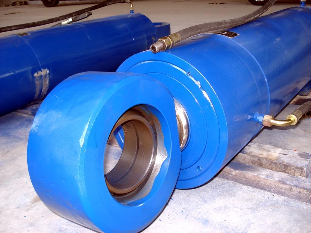 伸缩液压油缸结构图
